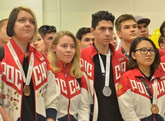 студенты колледжа в сборной WSR