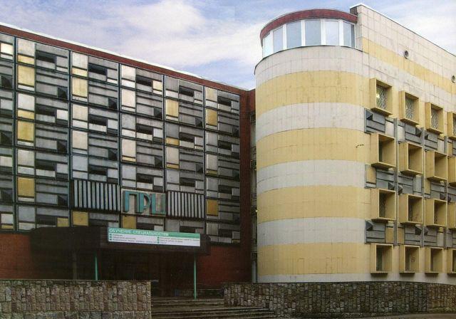 Фасад здания на 26 линии д.9